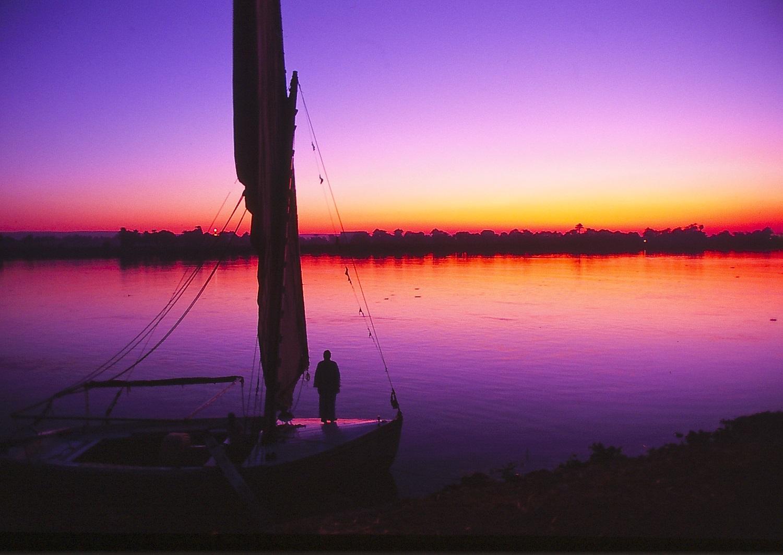 ナイル川 祈り